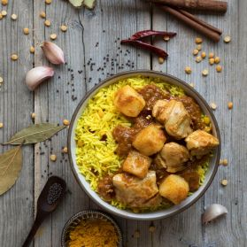 Chicken Vindaloo - A classic hot British Indian Restaurant curry - perfect for spice lovers!