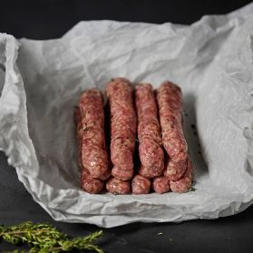 Lincolnshire Chipolatas are great all rounder mildly seasoned with sage and thyme in chipolata (thin link) version.
